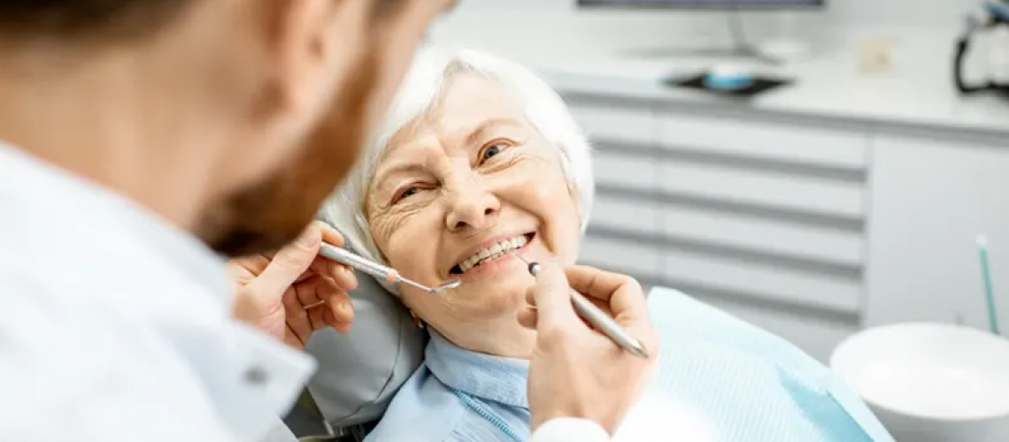 Significance of Dental Implant in Elderly Patients_1